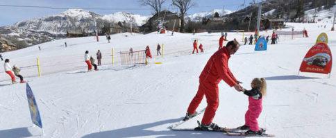 Skier en famille a super sauze