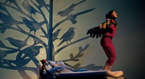 Jeanne et la chambre à airs à la Friche la belle de Mai